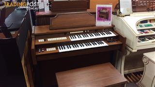 Gulbransen Pacemaker 1811 Spinet Organ