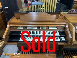 CONN Organ Cathedral Console - Model 611 - Sold