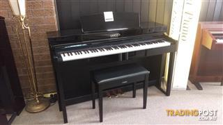 Yamaha Clavinova CLP440 Polished Ebony Digital Piano and Matching Bench