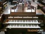 Allen Classical Organ  Model MDC20