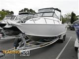 QUINTREX YELLOWFIN 6700 CABIN