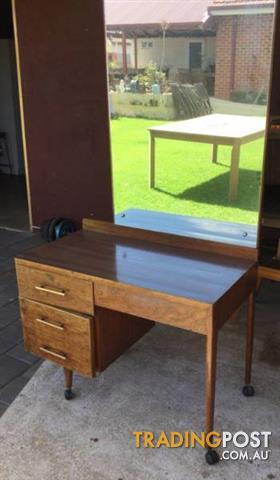 Vintage dressing table / Desk Solid timber frame. 2 drawers for sale ...