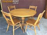 5 piece pine dining setting round table