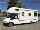 2001 Winnebago 6 Berth Motorhome
