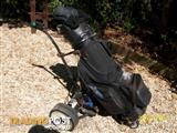 PARMAKER ELECTRIC BUGGY AND DAIWA GOLF CLUBS