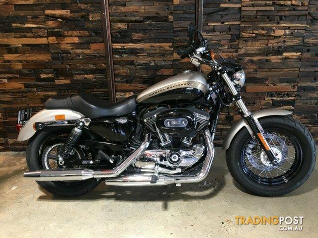 2018 Harley Davidson Xl1200c 1200 Custom Silver Fortune Black Tempest