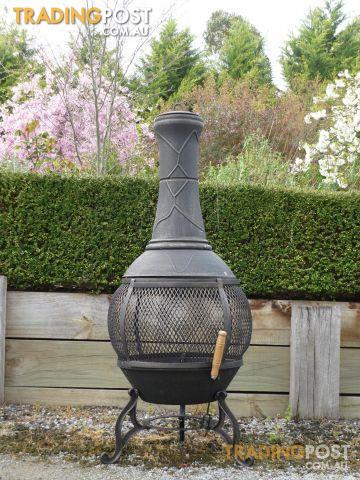 cast iron pot belly wood heater fire bbq camping 92b for sale in hallam vic cast iron pot. Black Bedroom Furniture Sets. Home Design Ideas