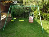 Kids outdoor swing set - free