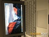 Apple MacBook Air 11Inch 1.6GHZ 8GB 128GB (Silver)