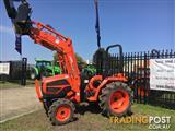 Kioti DS3510 Tractor & Loader with 4 in 1 Bucket.
