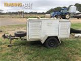 Two berth dog trailer