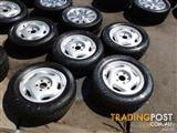 HOLDEN VN CALAIS GENUINE ALLOY WHEELS & TYRES