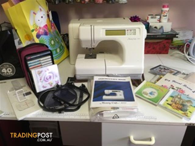 Janome 5000 Memory Craft sewing machine