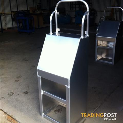 Aluminium centre console units made to order