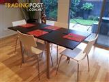 Calligaris Extendable Dining Table and Chairs