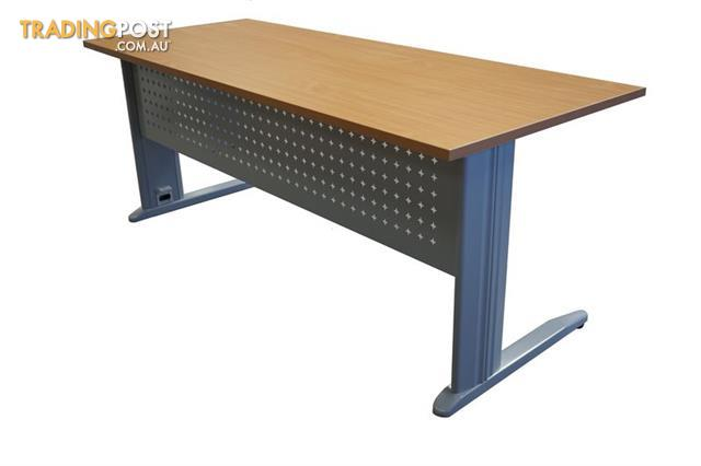 METAL FRAME DESK