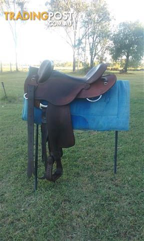 Clinton Anderson Fender Stock Saddle