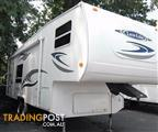 2010 LUX LITE 5TH WHEEL - PRICE REDUCED !!