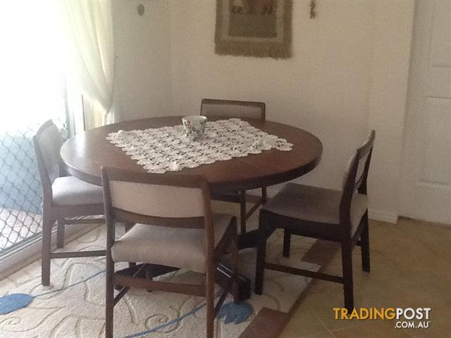 Dining Room Suite For Sale In Albany Creek QLD
