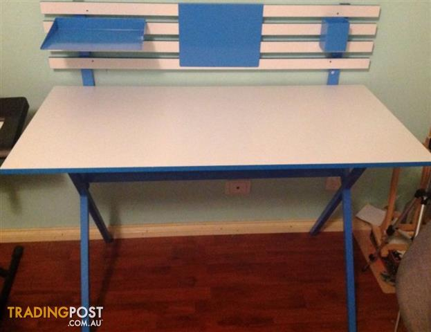 BLUE AND WHIT DESK