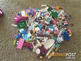 1.2kgs of Lego friends