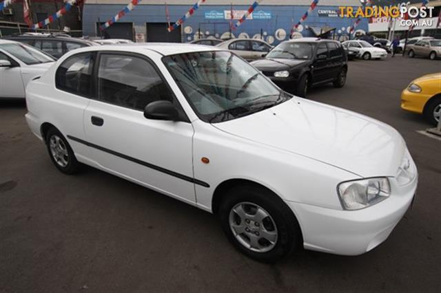 2001 hyundai accent gls lc hatchback for sale in west. Black Bedroom Furniture Sets. Home Design Ideas
