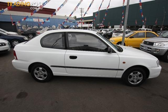 2001 Hyundai Accent Gls Lc Hatchback For Sale In West