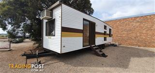 2000 OnSite Cabin 32'