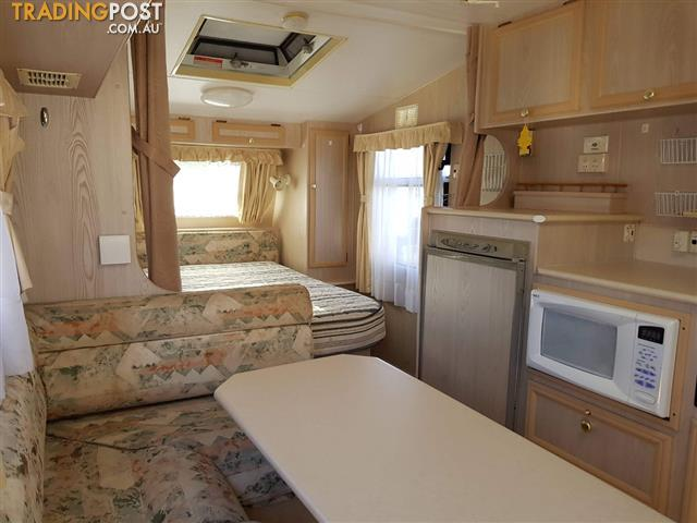 2001 Roadstar Vacationer Tango 18'6