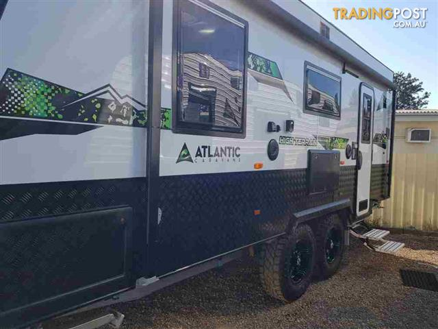 ATLANTIC  HI Terrain 19? (N190-1 RD)  Rear Door + Rear Ensuite
