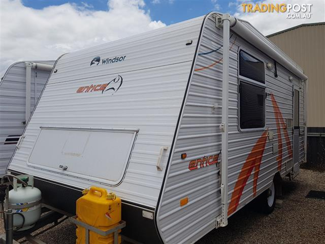 2012 Windsor Entice 17' Family Van