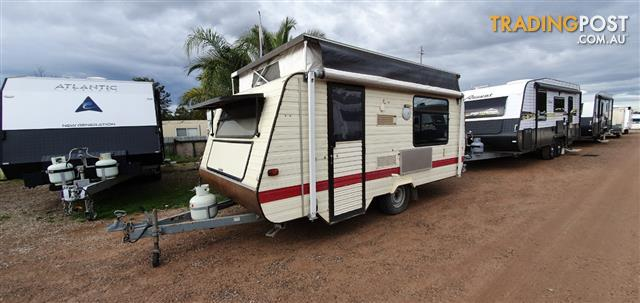 1990 Advance Town & Country PopTop