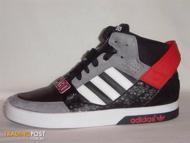 ADIDAS CHICAGO BULLS NBA LIMITED EDITION BASKETBALL SHOES US 12