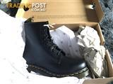 NEW Dr Martens 1460 8 Eye Size 7