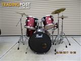 Pearl Export rock kit with PAiste cymbals