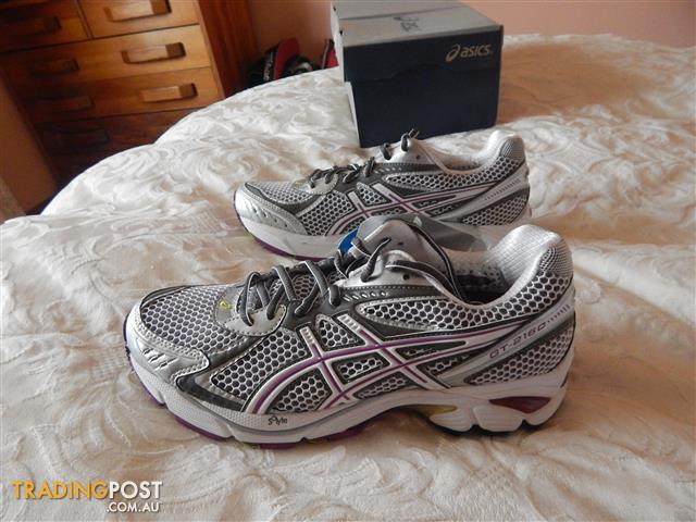 Asics Gel GT-2160 shoes, Women's size 7.5 US, Brand New in Box