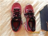 Asics Gel Cumulus 16 womens shoes, size 5 US, brand new in box
