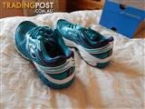 Brooks Aduro 2 women's shoes, size 9.5 US, brand new in box
