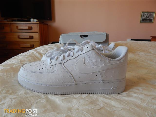 Nike Air Force 1 mens shoes, size 10 US, brand new in box