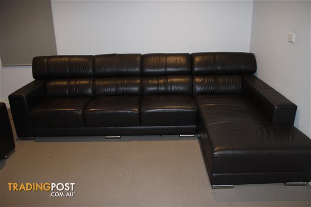 Brilliant Settee Sofa Couch Almost New Leather Adriatic Furniture Machost Co Dining Chair Design Ideas Machostcouk