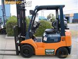 ** Forklift ** TOYOTA  1.8t LPG with very LOW hours
