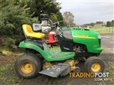 JOHN DEERE L100 RIDE ON MOWER