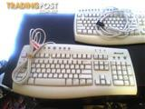 EC. 2 x Microsoft keyboards - (USED)