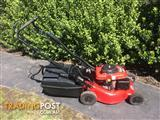 Rover Regal Self Propelled Mulch N Catch with Key Start