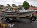 Quintrex 4.75m Bay Hunter Caprice Fishing Boat