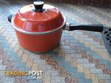 4 Litre Bessemer Pan / Pot  with Lid – Flame