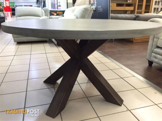 Round Concrete Top Dining Table W, Concrete Round Dining Table Australia