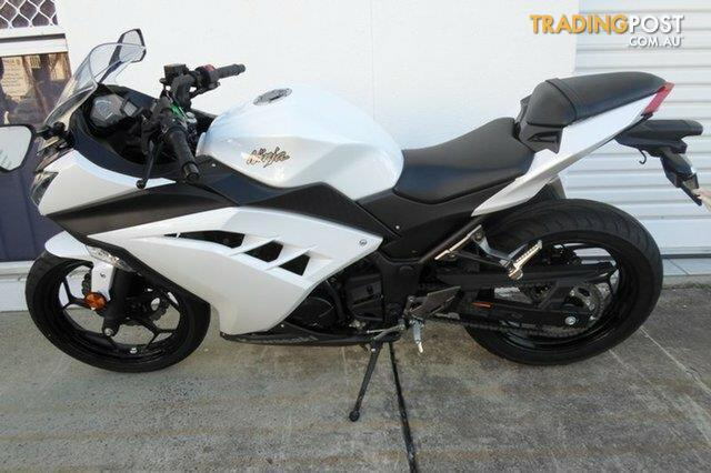 2017 kawasaki ninja 300 abs 300cc sports for sale in nerang qld 2017 kawasaki ninja 300 abs. Black Bedroom Furniture Sets. Home Design Ideas