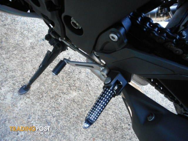 2016-Kawasaki-Z1000-1000CC-EDF-BLACK