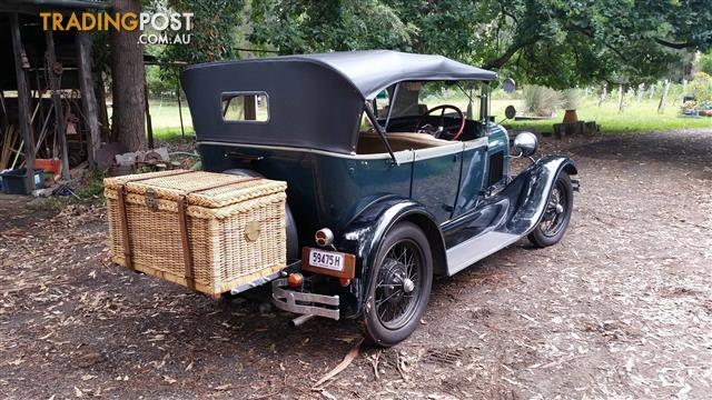 EXCEPTIONAL MODEL A FORD PHAETON 1928